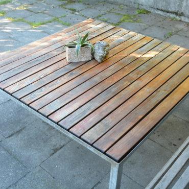 Design Gartentisch