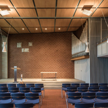Neugestaltung Chormobiliar Kirche Letten