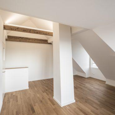 Umbau und Dachstockausbau Einfamilienhaus 1