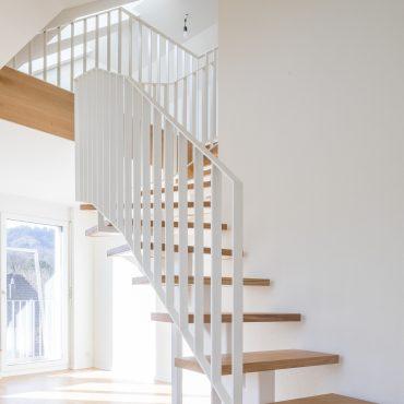 Dachstockausbau und Fassadensanierung Mehrfamilienhaus 5