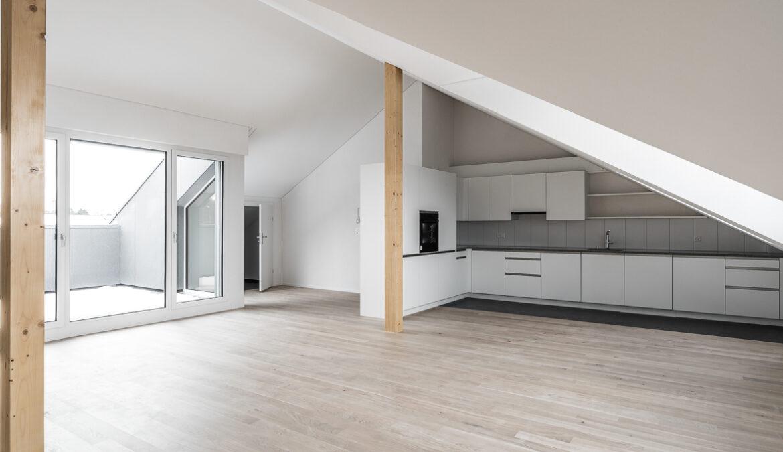 Dachstockausbau, Fassaden- und Bädersanierung MFH 9